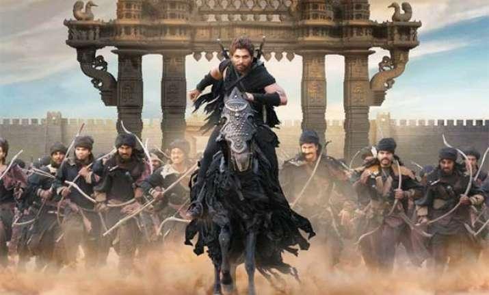 allu arjun reveals his terrifying look in rudhramadevi