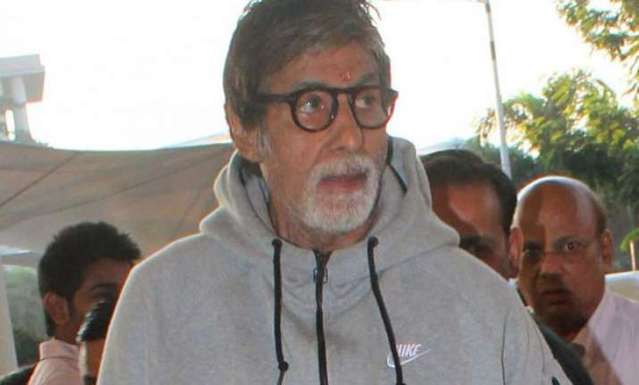 amitabh bachchan s damaged rib will take time to heal
