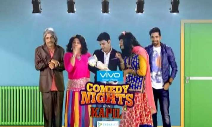 comedy nights with kapil ali asgar in double roles of dadi