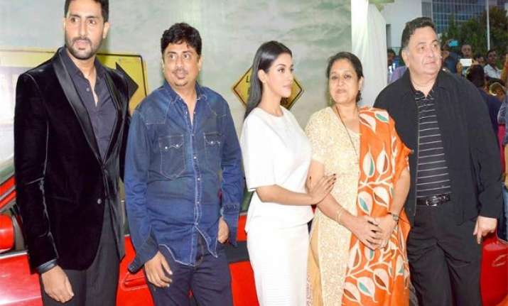 all is well trailer out rishi kapoor junior bachchan at the