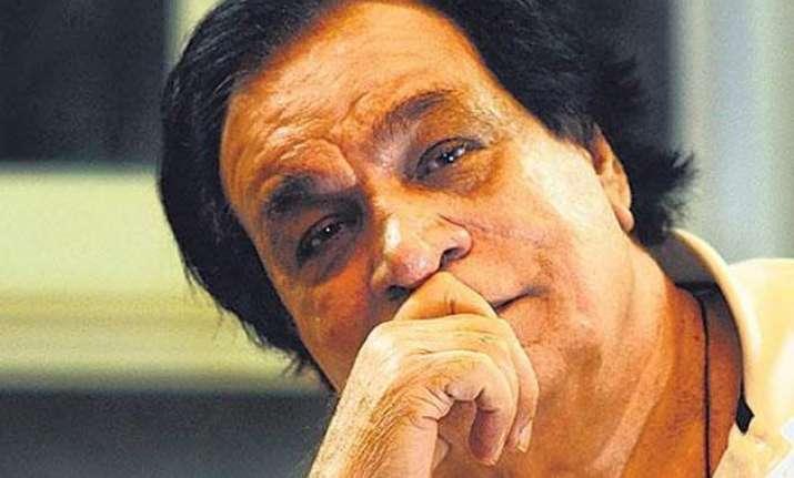 what has anupam kher done to deserve padma award asks kader