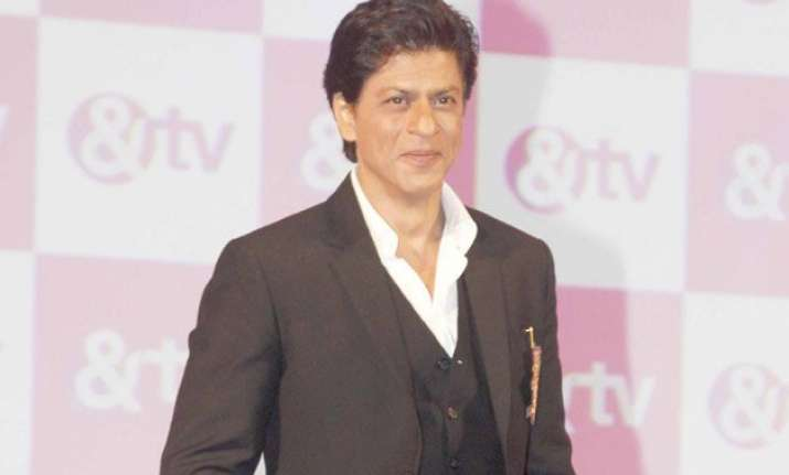 shah rukh khan returns to tv as game show host for tv