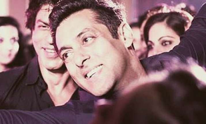 salman khan to attend sister s reception in himachal
