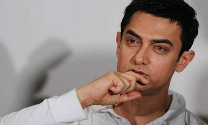 aamir khan salutes park street rape victim s courage
