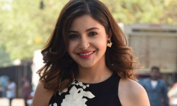 anushka sharma voices for equal wages to women as men