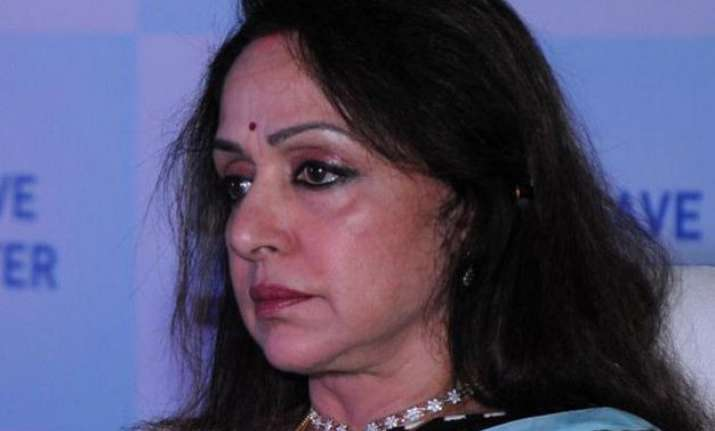 hema malini accused of land grabbing for dance school