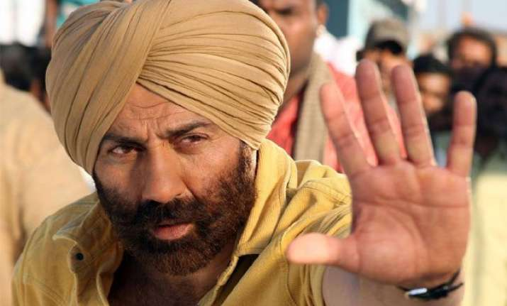 sunny deol feels an actor has everything within them