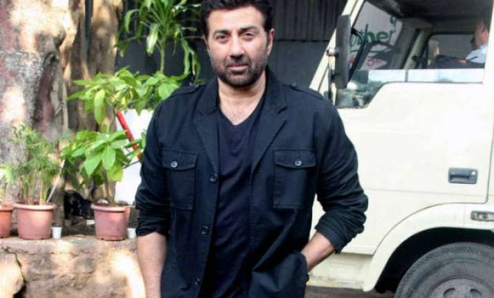 sons don t play a role in professional choices sunny deol