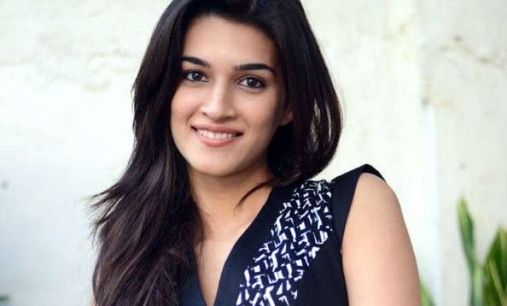would love to do a biopic on madhubala kriti sanon
