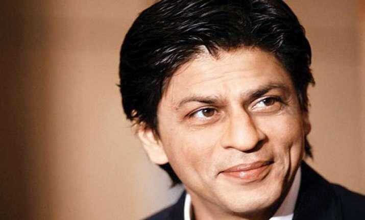 shah rukh khan launches fan logo watch video