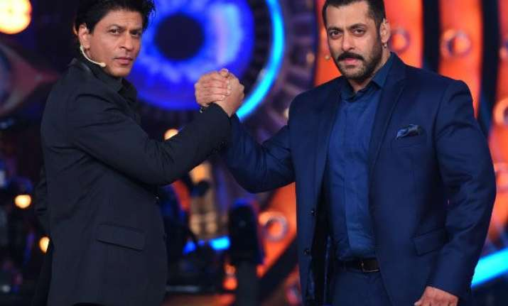 what is salman replacing srk as filmfare host for rs. 2.5