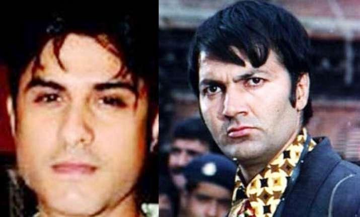 paanwala hijacks villain prem chopra s bandra address