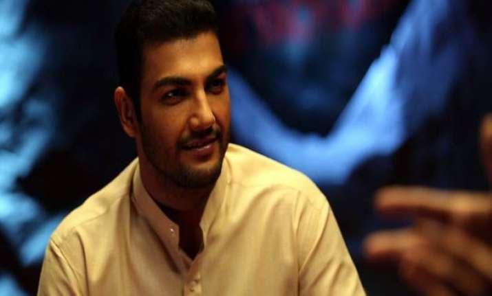 pravesh rana loves emotional atyachaar spoofs