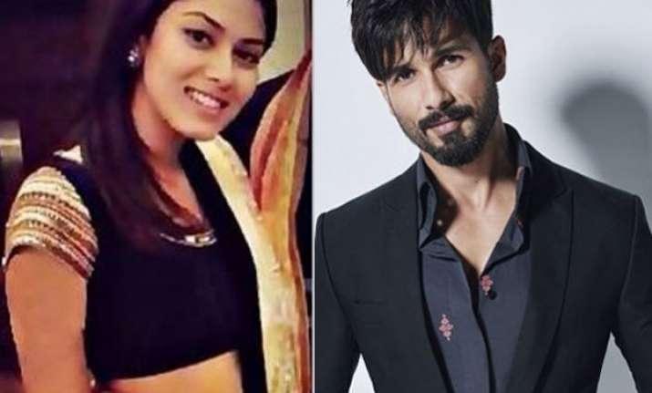 shahid kapoor s fiance mira rajput to make her first
