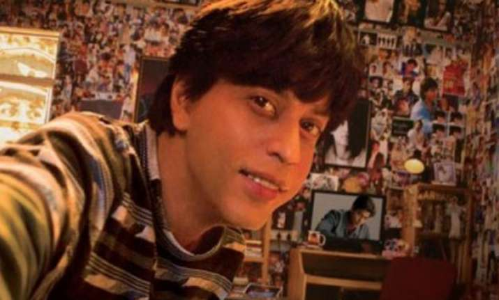 watch shah rukh khan introduces you to the biggest