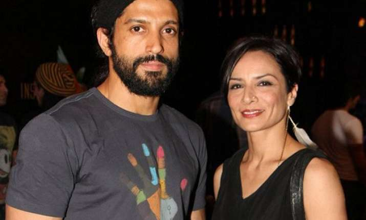 is farhan akhtar s extra marital affair the reason behind