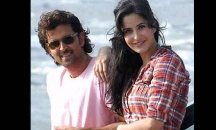 producers finding it hard to sell hrithik s movie