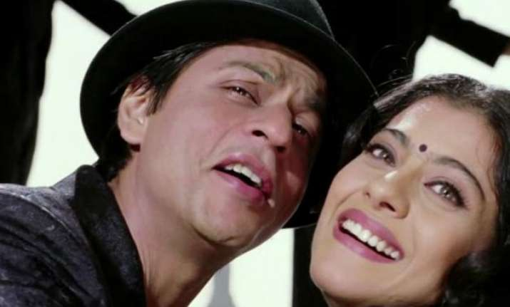 after dilwale shah rukh interested in mature love story