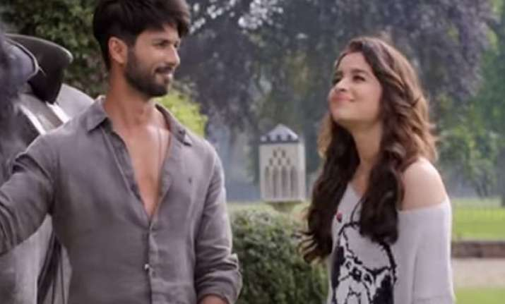 shaandaar mints rs.13.10 crore on dussehra