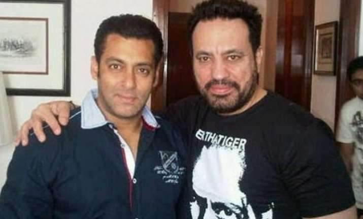 salman keeps his promise launches bodyguard shera s son in