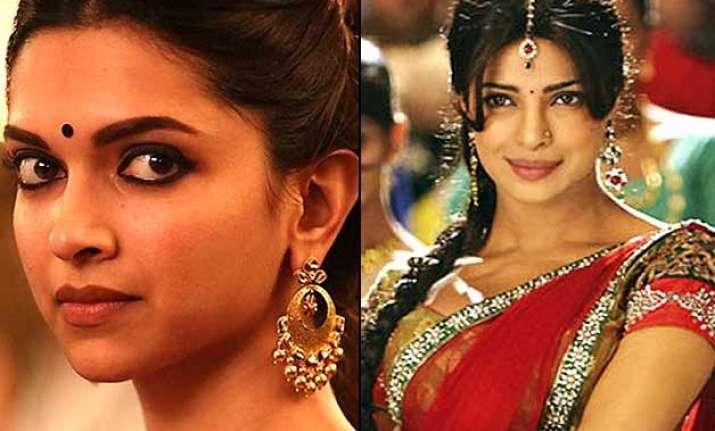 dance face off between deepika and priyanka is entertaining