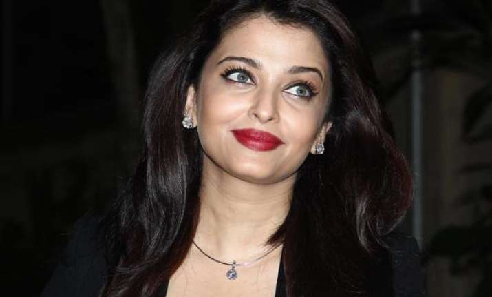 never felt the gap aishwarya on bollywood comeback