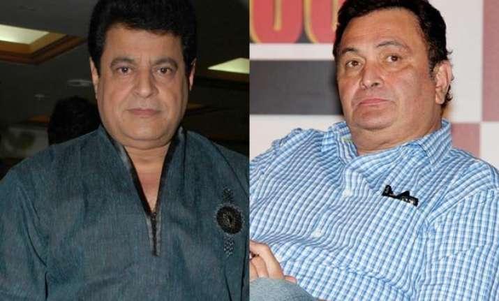 gajendra chauhan should voluntarily retire says rishi kapoor