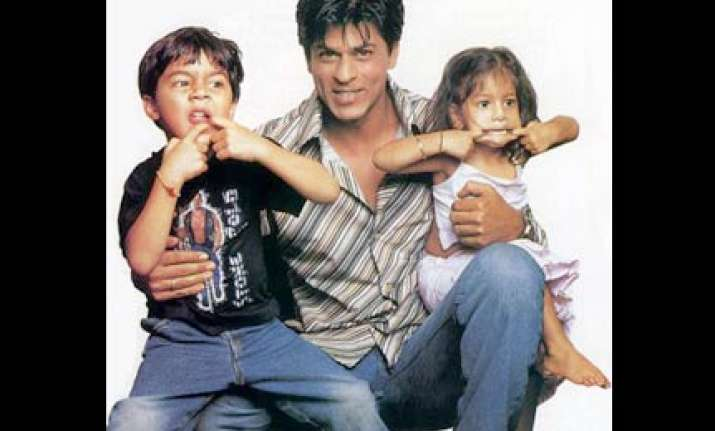 fathers are rule breakers risk takers says srk