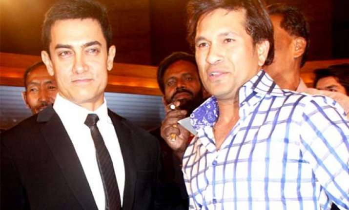 aamir khan to host special screening of pk for sachin