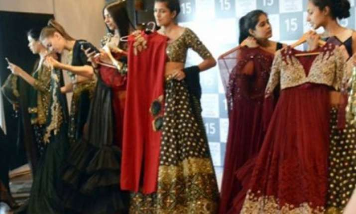 lfw winter festive 2015 a fashion book to unfold new