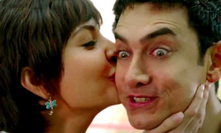 pk teaser out aamir anushka weird camaraderie will steal