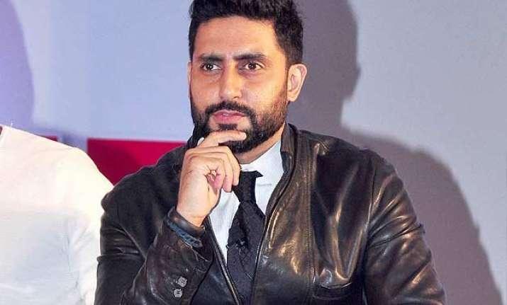 abhishek to do cameo in aishwarya s comeback film