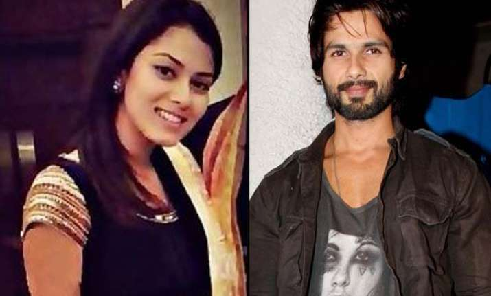 shahid kapoor s bride to be deleting friends from facebook