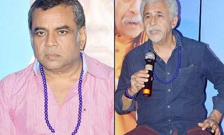 paresh rawal naseeruddin trash censors over dharam sankat..