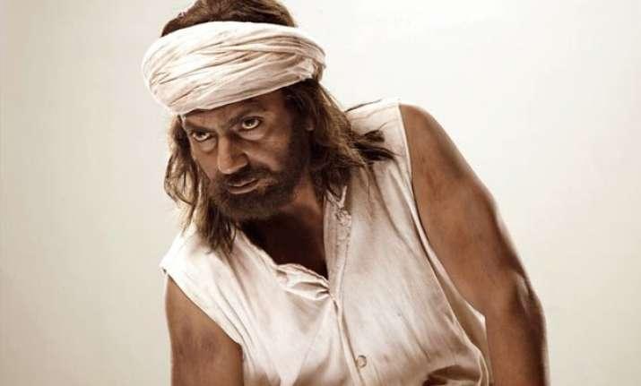 nawazuddin s manjhi the mountain man made tax free in bihar