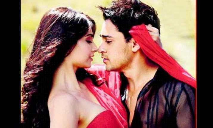 imran sonam make amazing pair in i hate luv storys