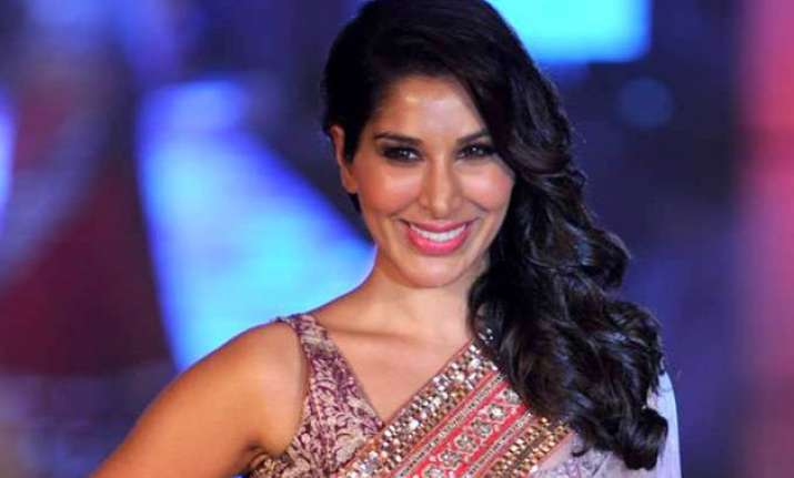 sophie choudry makes prem ratan dhan payo dubsmash video