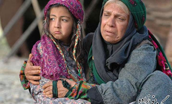 iranian film alafzar wins top prize at icffi