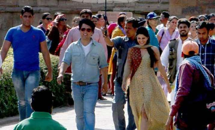 jacqueline fernandez loved shooting kick in delhi with