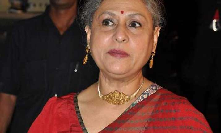 hunt on for younger jaya bachchan for tv show