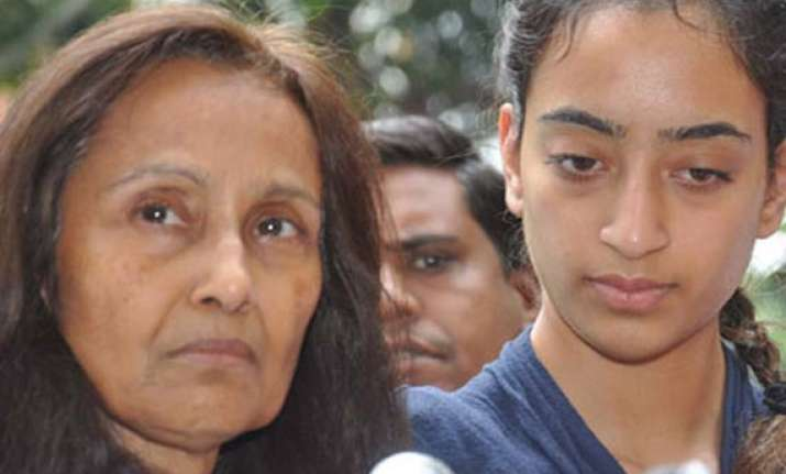 jiah khan suicide case hc asks rabia khan to refer case to