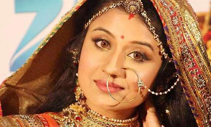 jodha aka paridhi sharma faces sexual harassment on the