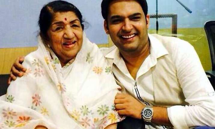 comedian kapil sharma gets b day wishes from big b lata
