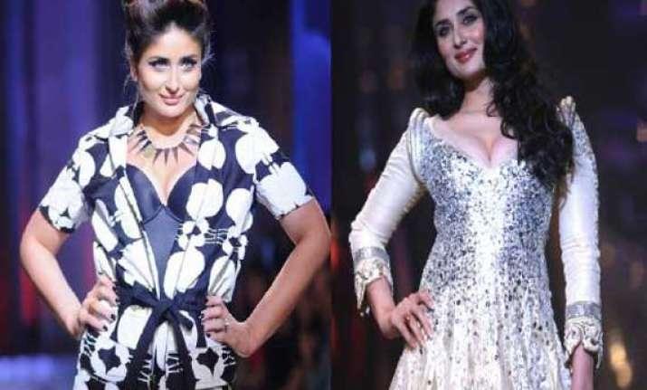 kareena kapoor to be show stopper at lakme fashion week