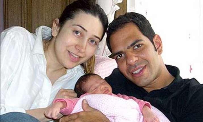 karisma kapoor s husband sunjay kapur files petition for