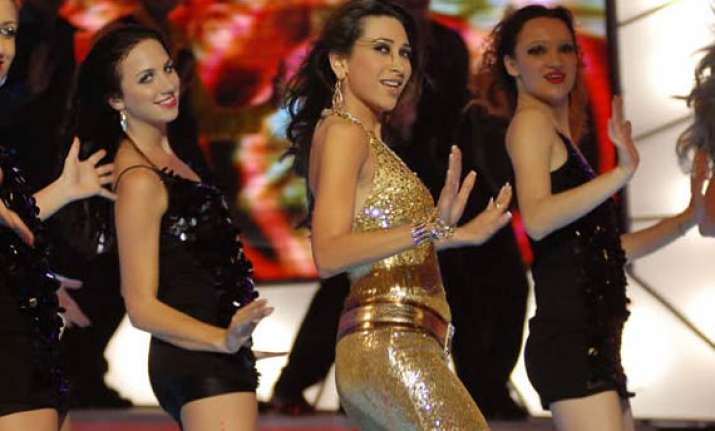 karisma to do item number in housefull 2