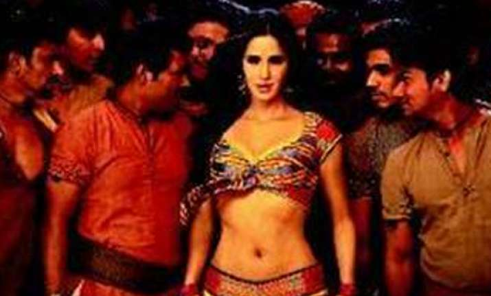 kat does the helen act as chikni chameli