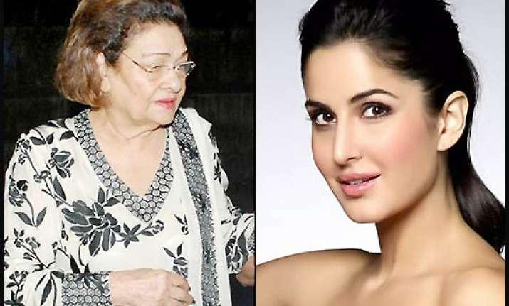 katrina meets ranbir s grandmother after denying marriage