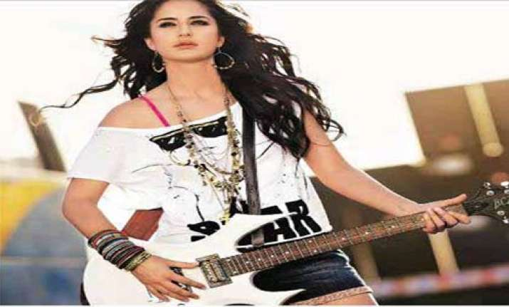 katrina gets a rockstar look