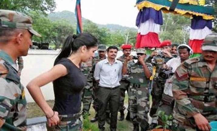 katrina woos army jawans near loc